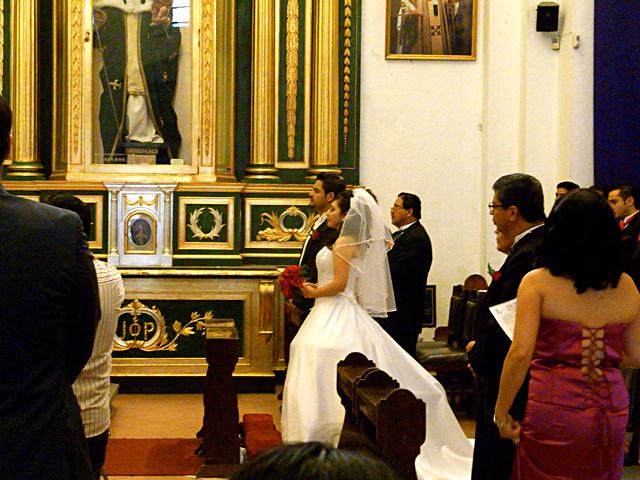 カテドラルで挙式を揚げていたカップル