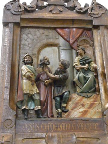 Primera Estación: Jesús es condenado a morir