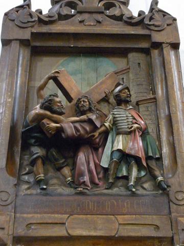 Segunda Estación: Jesús carga con la cruz.