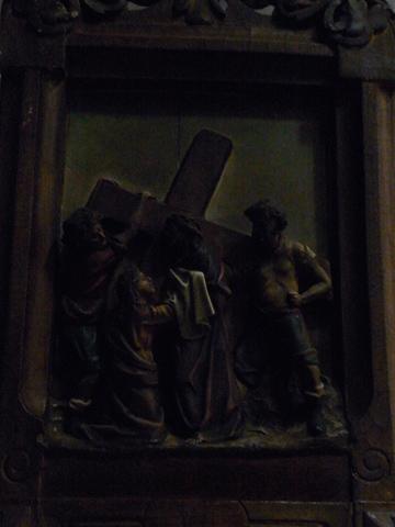 Sexta Estación: Verónica limpia el rostro de Jesús.