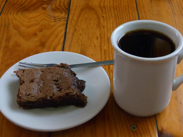 コーヒーとチョコ味のケーキ