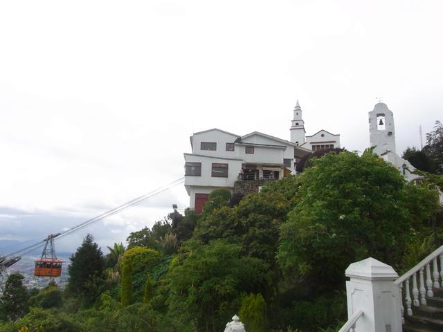 モンセラーテの丘のロープウェイ乗り場