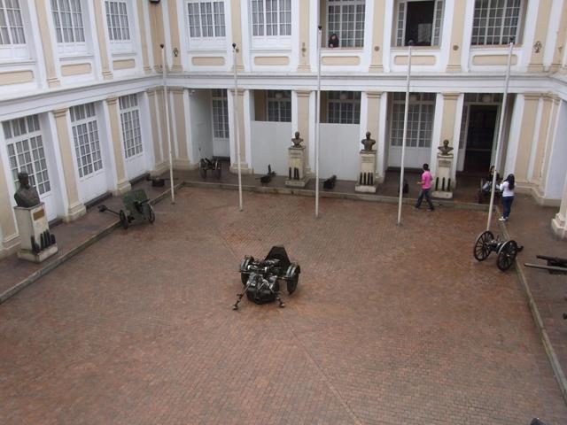 軍事博物館の館内