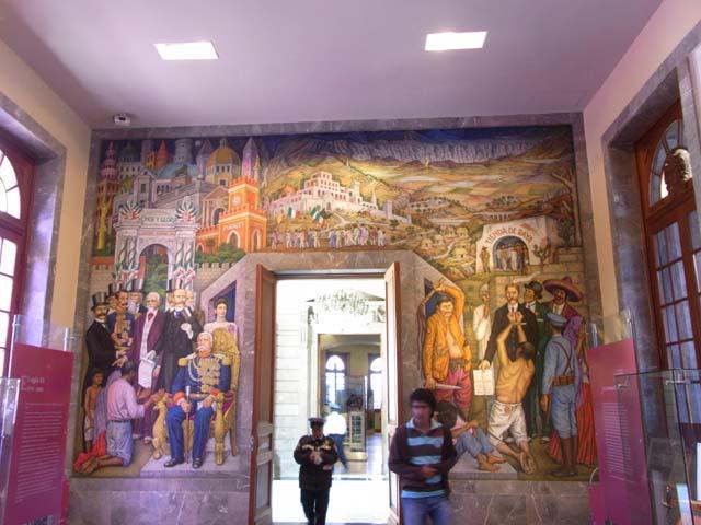 メキシコシティのチャプルテペック城の壁画