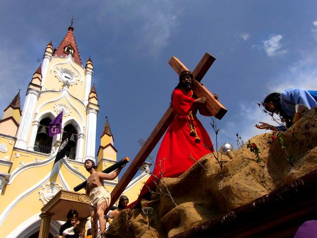 サンフェリペ教会のプロセシオン(ヘスス)