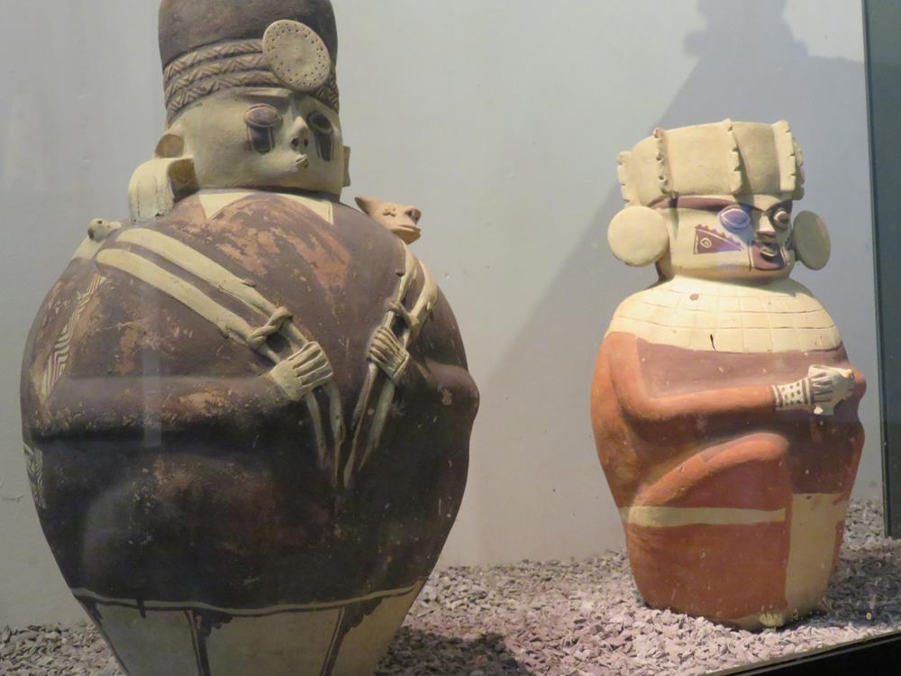 ペルーの出土品